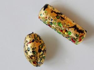 Glasperle mit Blattgold